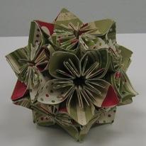 STamp Club sept 2010 - carmen origami ornament 2