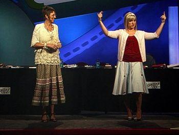 Shelli & sara standing