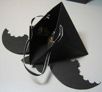Triangle box bat open - darla