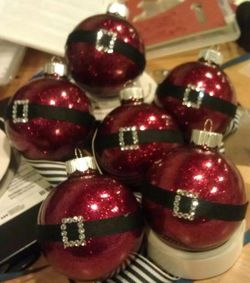 Santa ornaments - Darla