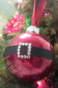 Santa ornament 2 - Darla