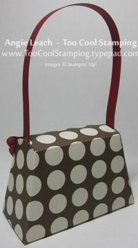 Purse - red ruffle back