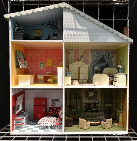 1 dollhouse - front