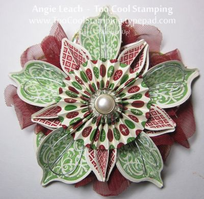 Ornament - carmen red green